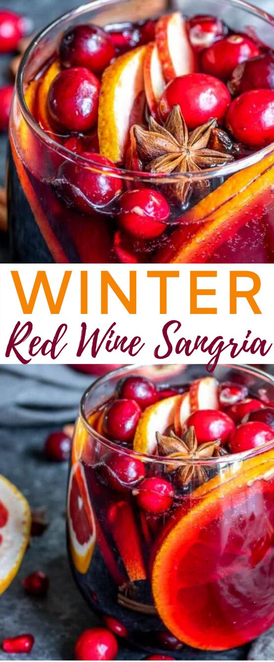 Winter Red Wine Sangria #drinks #alcohol #christmas #cocktails #sangria