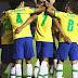 """Com """"frangueiro"""" no gol adversário, Brasil bate com facilidade o Uruguai"""