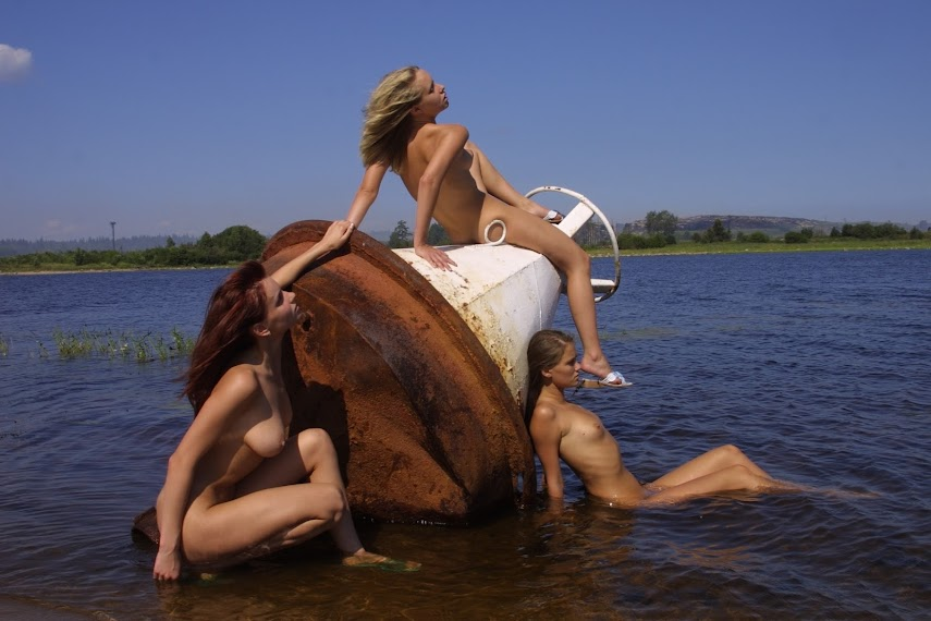 20041020_-_Girls_-_Innocence_-_by_Michael_Shaine.zip.MET-ART_ds_2_0023 Met-Art 20041020 - Koika & Ashanti A & Julia F - Mermaids - by Federov
