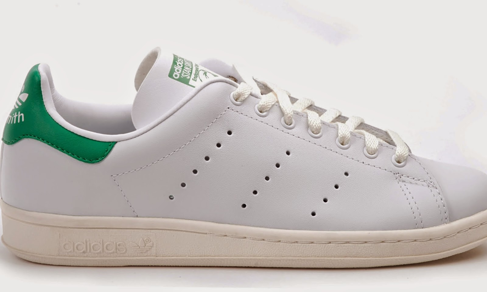 wholesale dealer 4ff5f 0f12a El nombre Stan Smith, es un homenaje al carismático tenista californiano,  que fue todo un icono de la raqueta durante la década de los setenta.