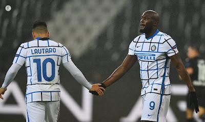 ملخص واهداف مباراة انتر ميلان وكروتوني (2-0) الدوري الايطالي