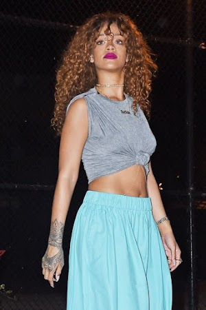 Rihanna on Twitter threat: police are investigating against stalker