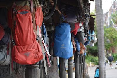 Tips Membeli Peralatan Mendaki Gunung