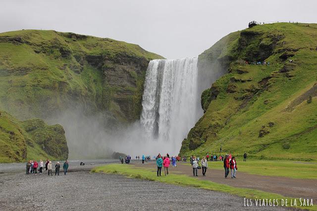 Dia 4 (I): Visita a Seljalandsfoss, Eyjafjallajökull Erupts Visitor Center, Drangshlíð i Skógafoss