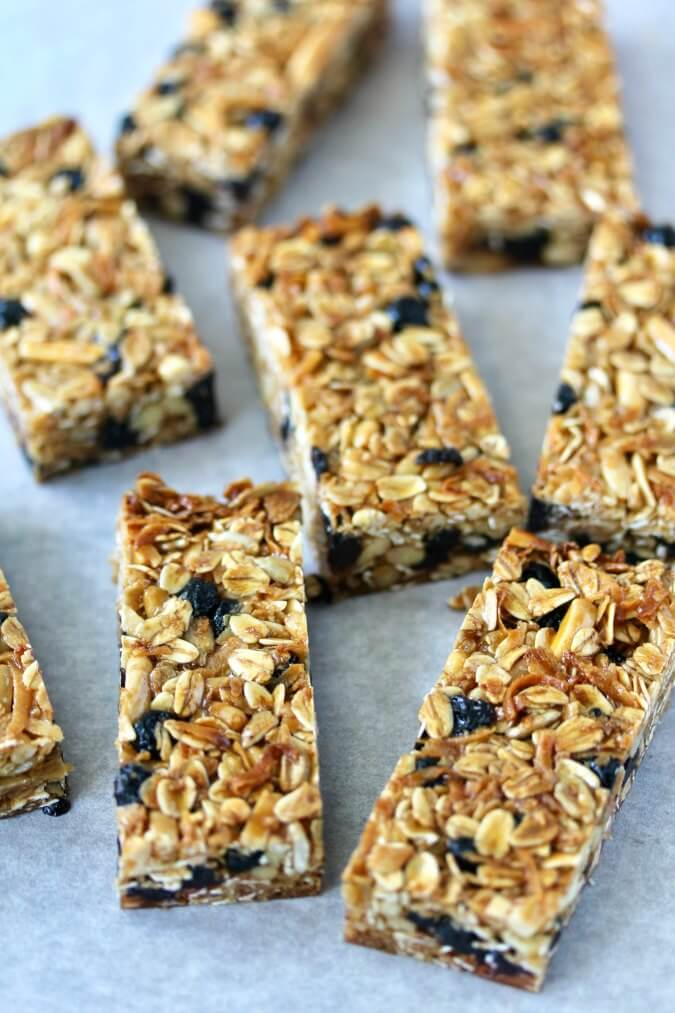 Blueberry Granola Bars with coconut