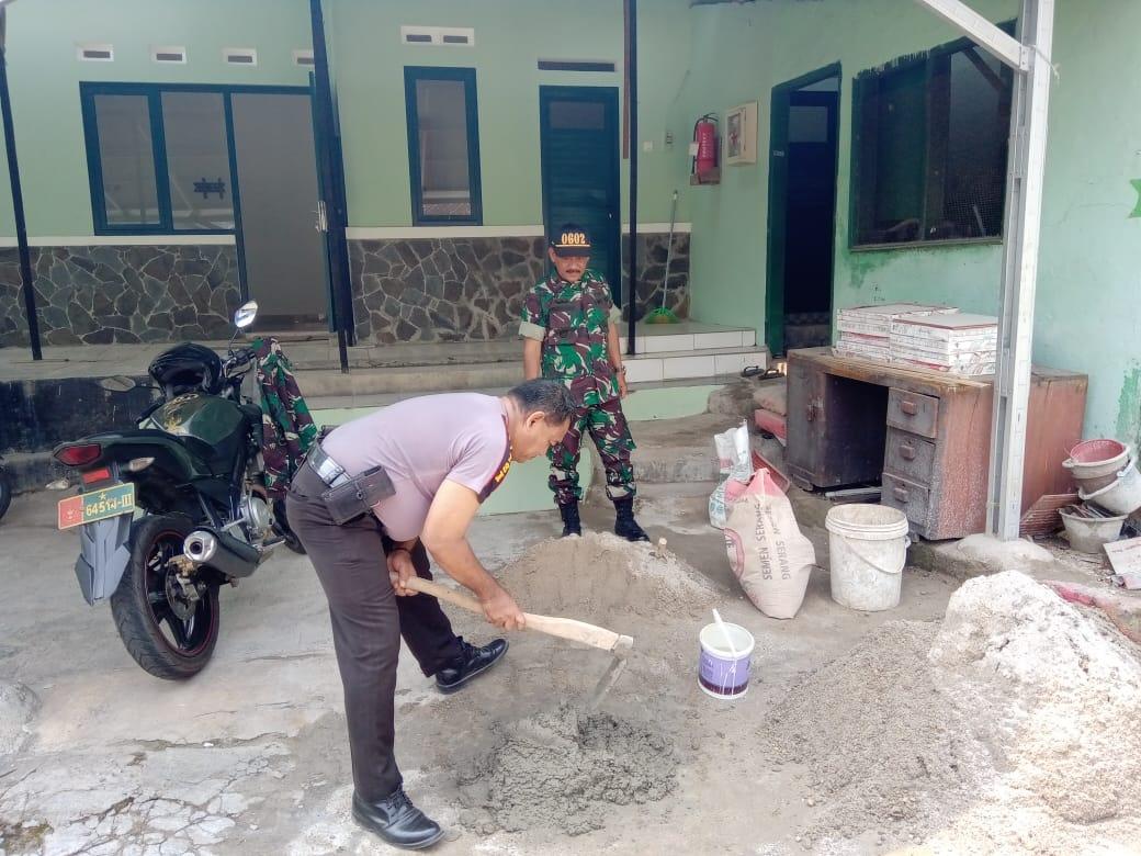 Pererat Sinergitas, Anggota Polsek Pabuaran Kurve di Mako Koramil