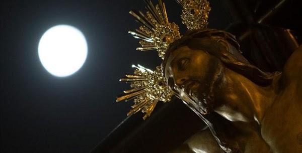 Procesión extraordiordinaria de Expiración de Málaga. Un relato