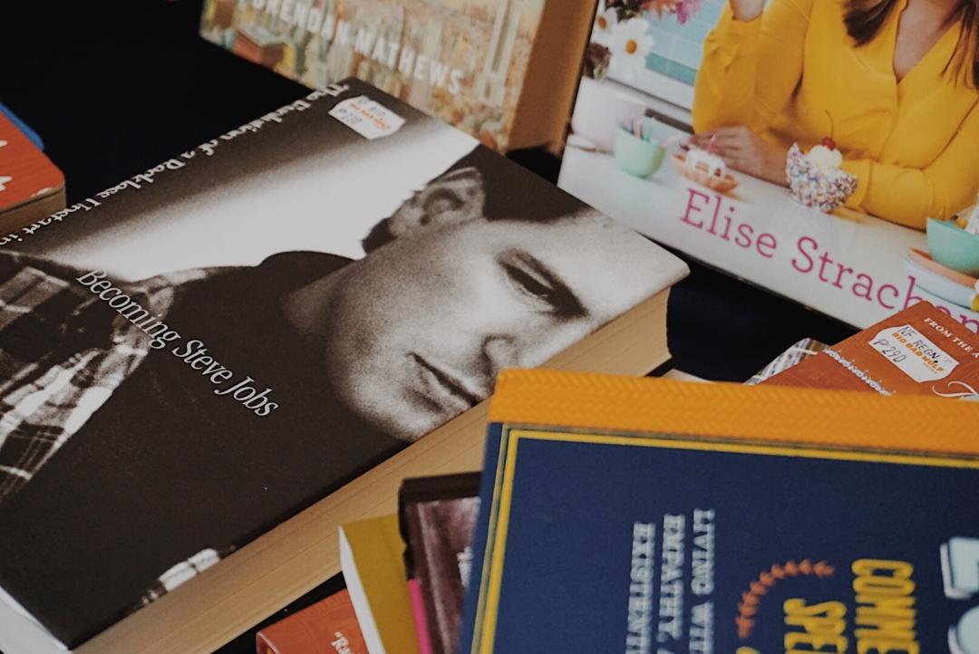 BLOGGER-BIGBADWOLF-BOOKS-SALE-CEBU-ALMOSTABLOGGER.jpg