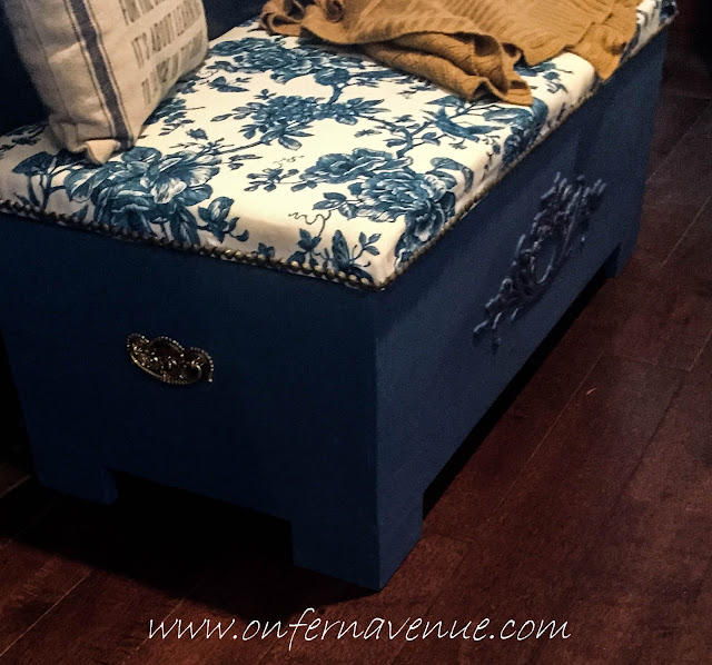 Fern_Avenue_Upholstered_Bench