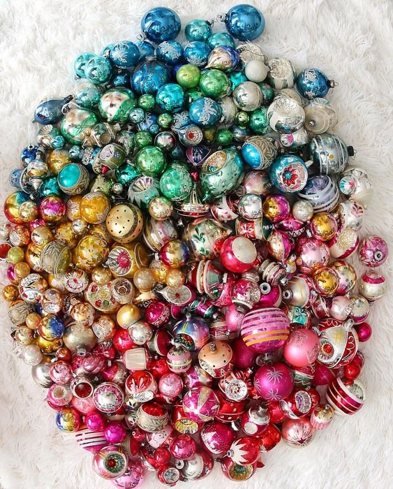My Paisley World My Love For Vintage Glass Christmas Ornaments