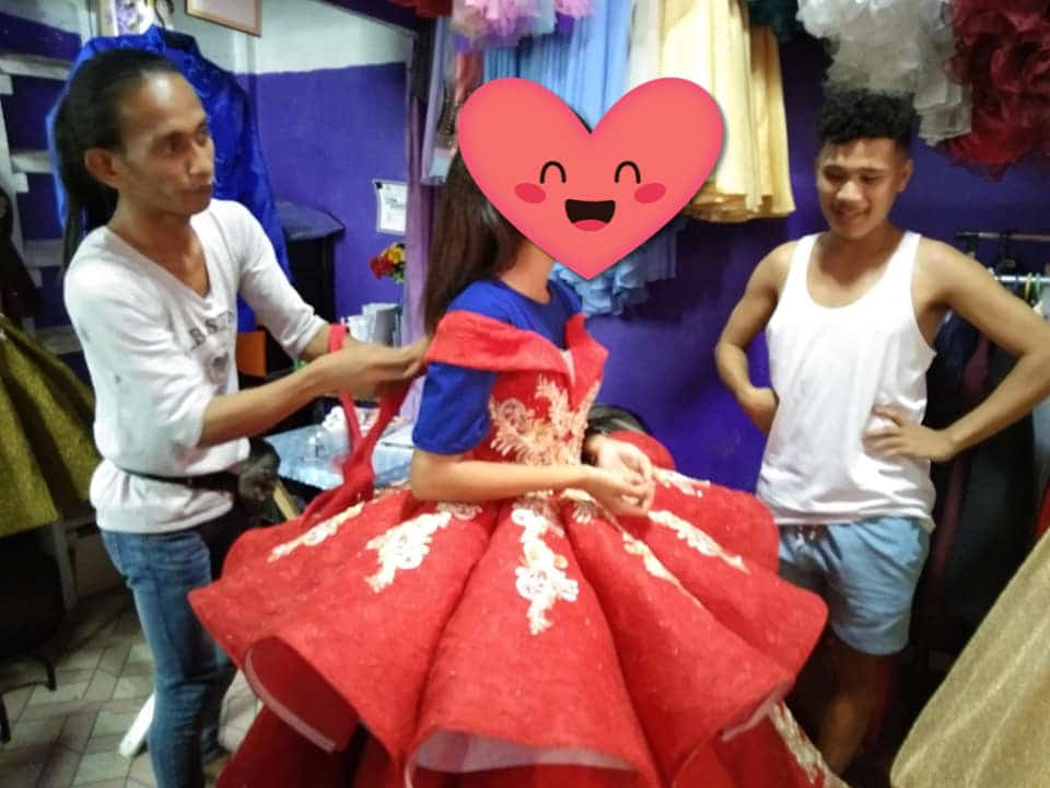 Designer makes free gown for HS student who only had Php30 as downpayment