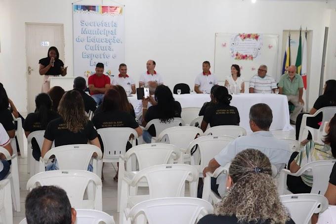 Nova secretária de Educação, Cultura e Esporte de Belo Oriente assume pasta