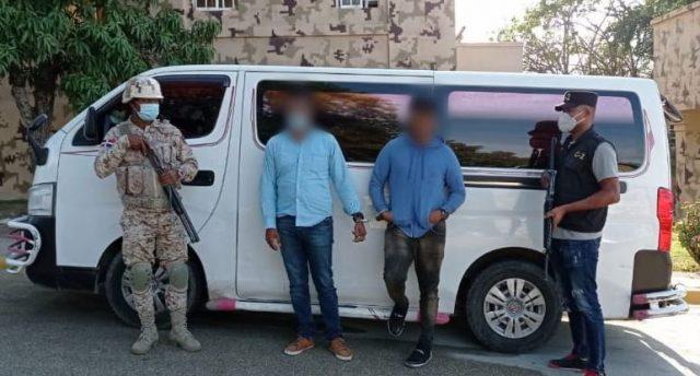 CESFRONT recuperó en Elías Piña vehiculo robado mediante atraco en Los Alcarrizos