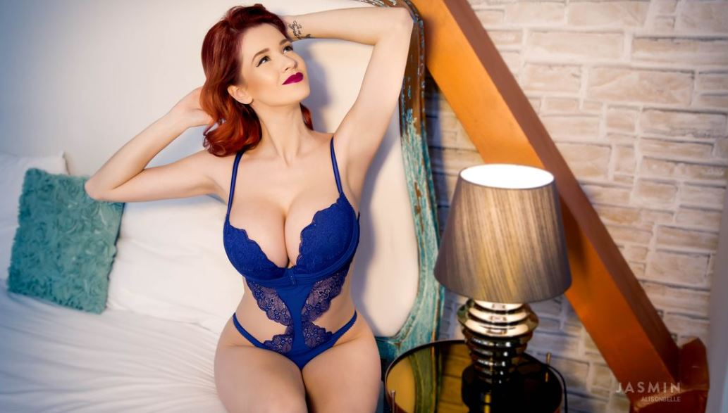 AlisonBelle Model GlamourCams