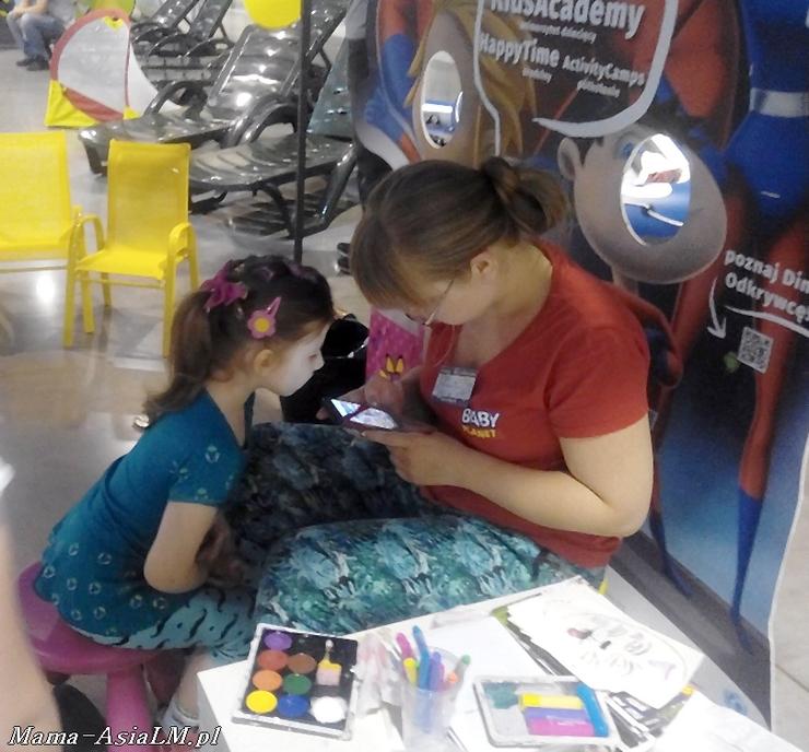 Mamblog II Targi rodzice i dzieciaki  malowanie twarzy