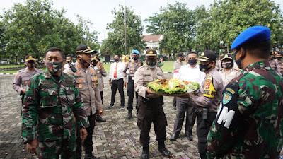 Dirgahayu TNI Ke 75, Polres Pandeglang Datangi Kodim 0601/ Pandeglang