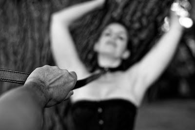 des-mots-en-equilibre@blogspot.fr BDSM Domination soumission D/s