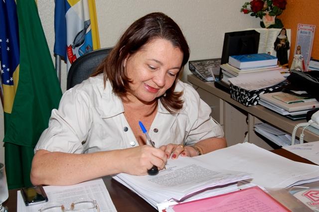 Maria do Carmo lidera pesquisa para Prefeitura de Santarém