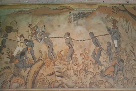 هل تعلم ما هي الدولة العربية التي لا تزال تتاجر بالعبيد؟