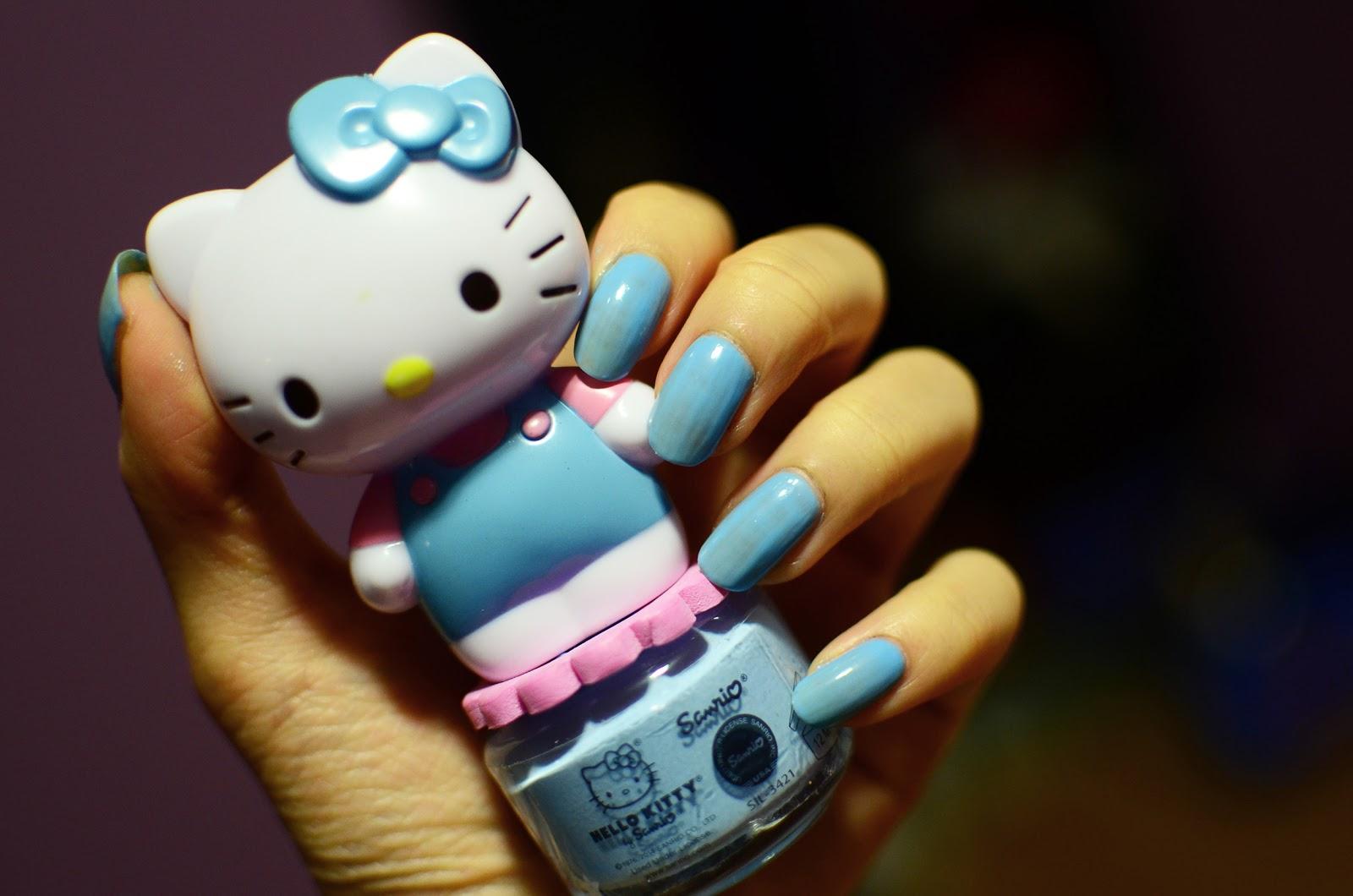 fun size beauty: Hello Kitty Peelable Nail Polish