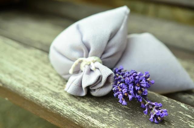 lavanda-sacchetti-fiori