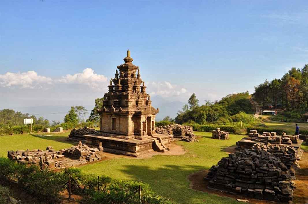 Candi Gedong Songo Peninggalan Sejarah Indah di Semarang