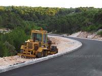 asfalt zaobilaznica Sutivan slike otok Brač Online