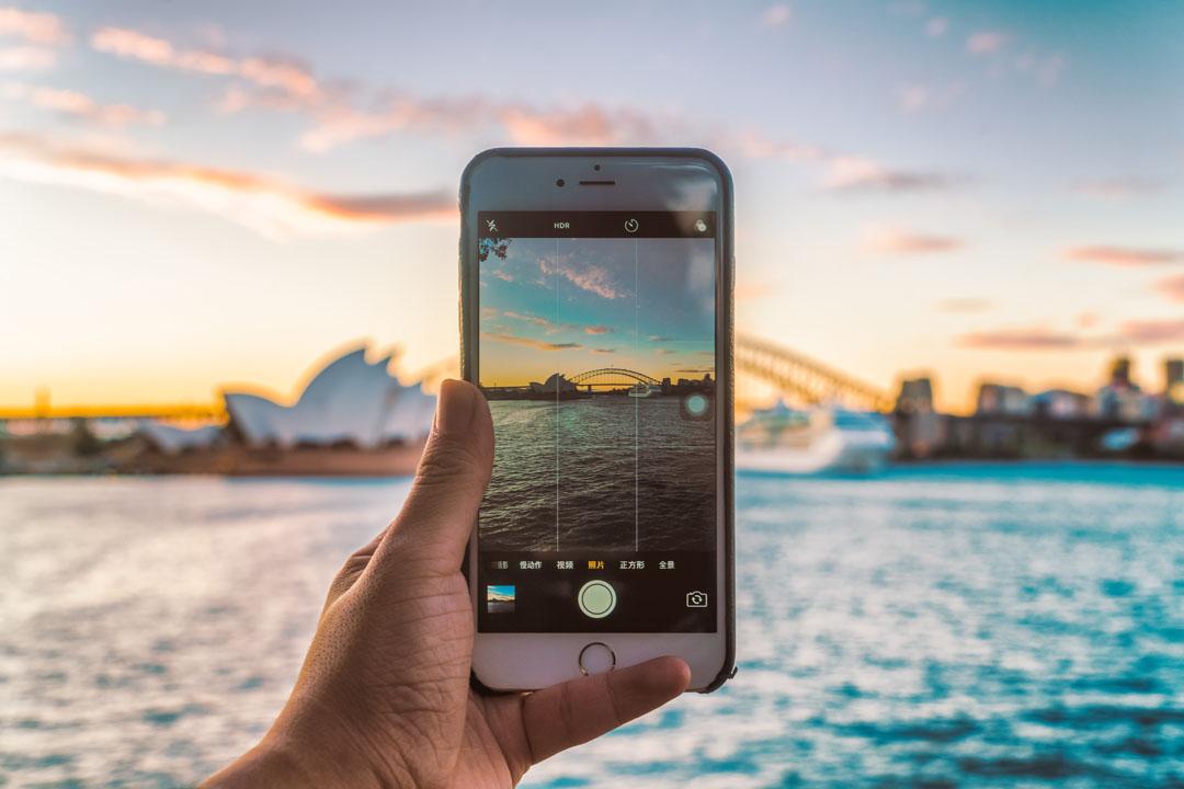 Tips Gunakan Telefon Mudah-Alih Ketika Melancong Luar Negara - Cara Kurangkan Caj International Data Roaming