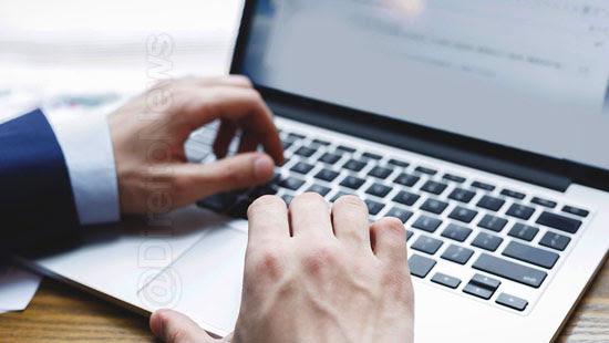 advogado tornou trabalhador on line coronavirus