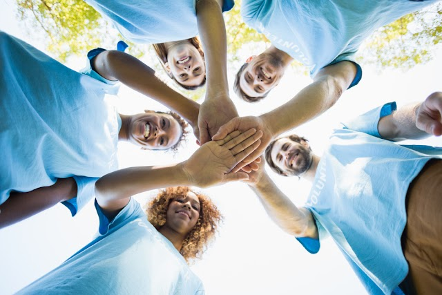 Top Three Benefits of Being Altruistic - TopThingz