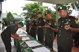 Danrem 042/Gapu Pimpin Acara Penandatanganan Komitmen Untuk Tidak Terjadi Pelanggaran Prajurit dan PNS