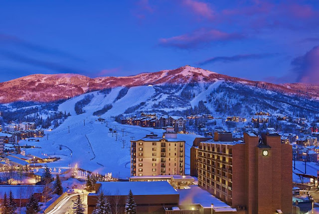 Reserve a stay at the Sheraton Steamboat Resort Villas with free Wi-Fi in Steamboat Springs to help you stay connected and make traveling easier.