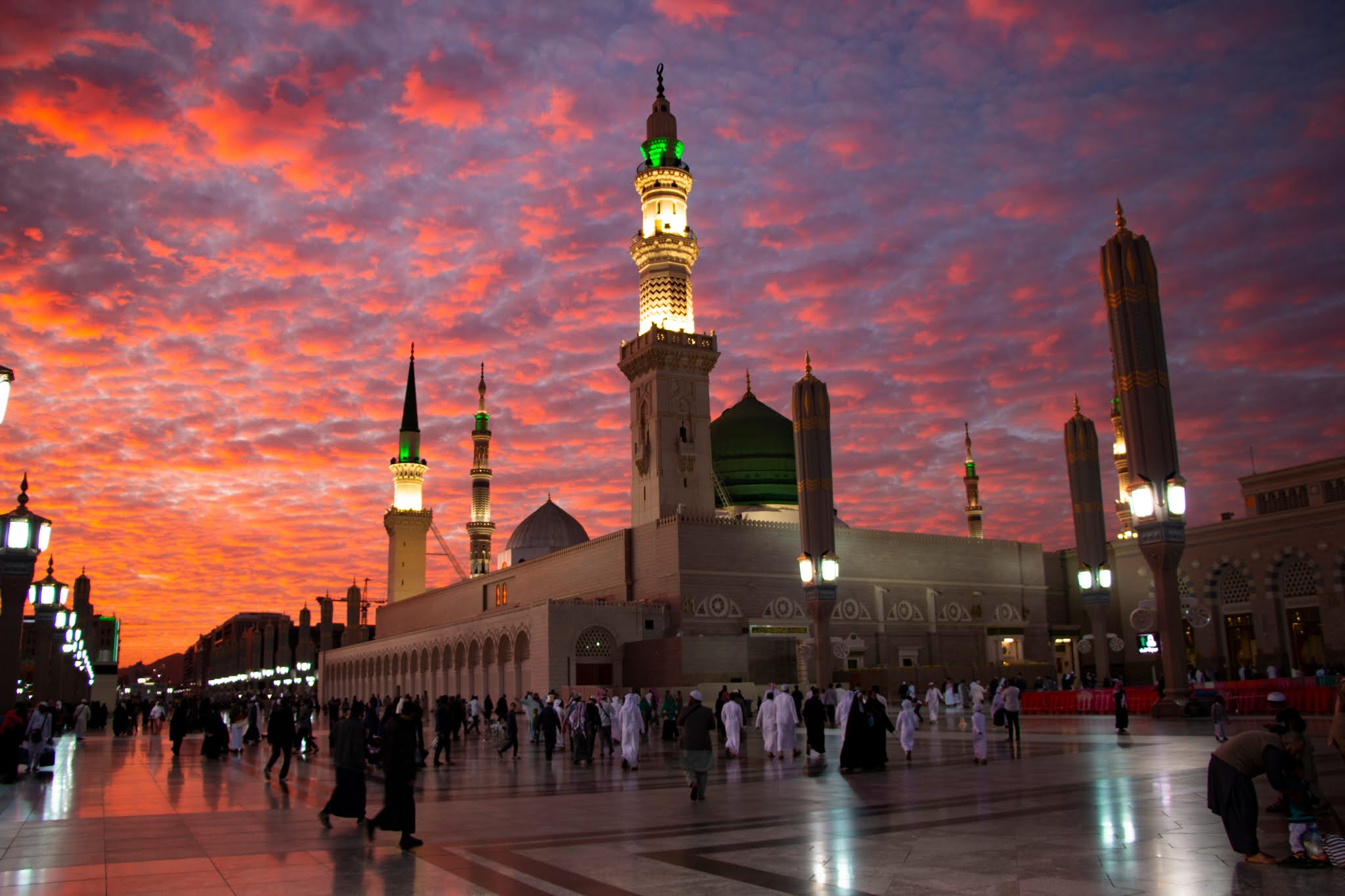 الإمارات ترحب بقرار السعودية الجديد بخصوص أداء مناسك الحج