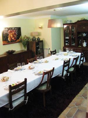 mesa posta para uma refeição