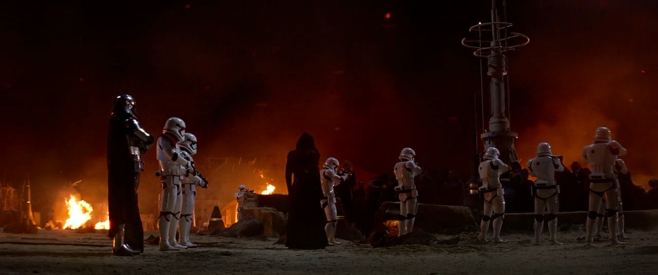 Star Wars: Episode VII - The Force Awakens (2015) 3