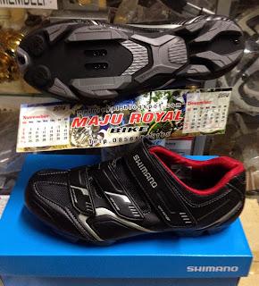 Sepatu Shimano XC30