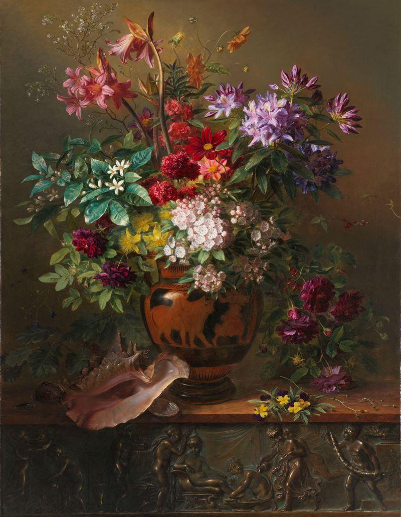 jarrón griego con flores de Lirios, Kalmia latifolia, Primula denticulata, rododendros, dalias, jazmines, rosas y violas