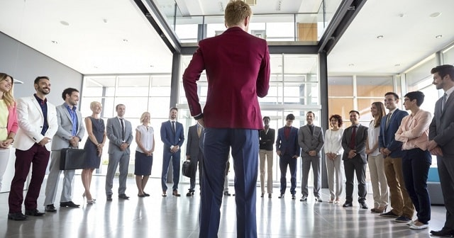 why business leaders should model ethical behavior ceo