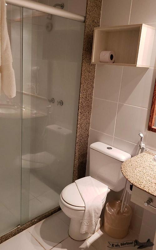 Banheiro do quarto do Beach Park Suites - Resort