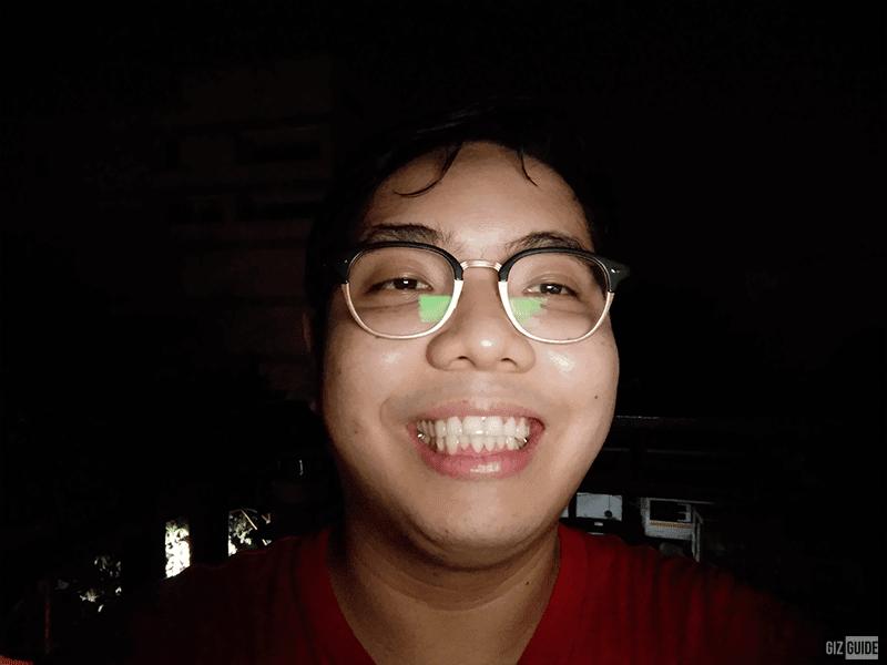 vivo Y11 selfie low light with flash