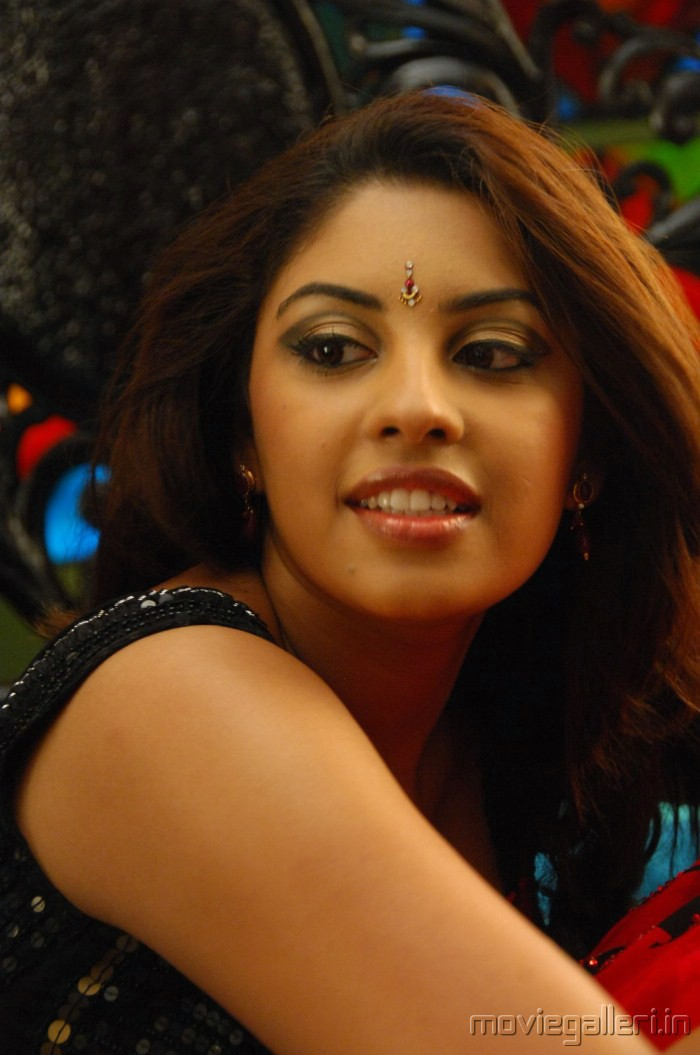 Asha Julka Ki Sexy Photo