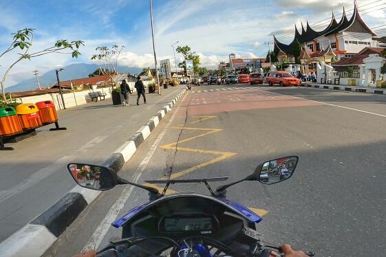 Solo Touring Yamaha R15 Padang - Bukitinggi