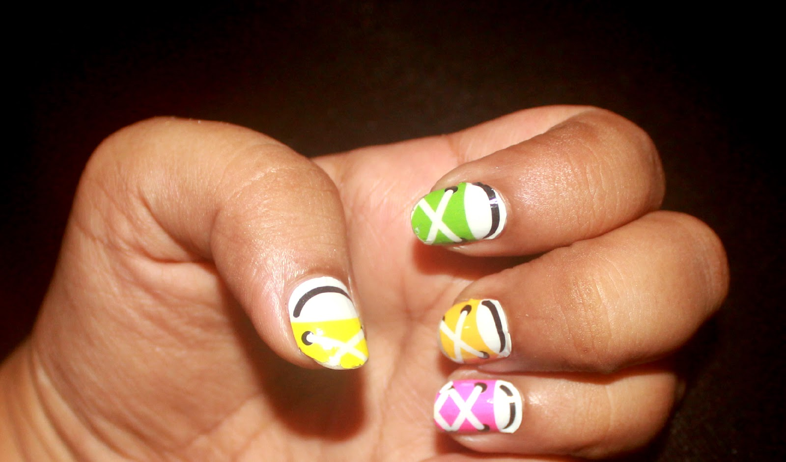 Sporty Nail Art: OMG Nail Strips Review - Makeup Review And Beauty Blog