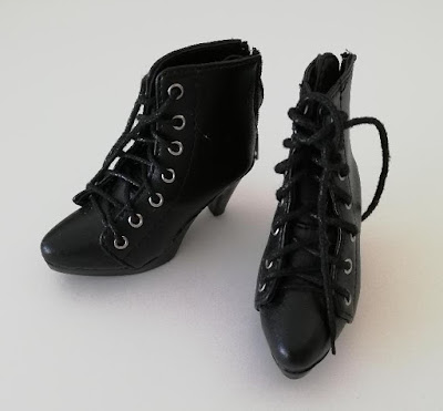 [V] Tenues et chaussures toutes tailles - NEWS SD 29/05 Boots%2B2
