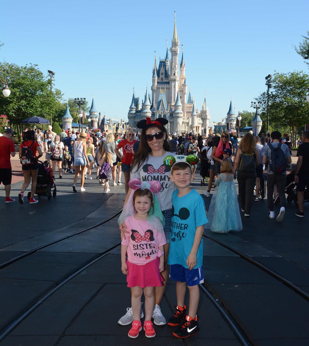 12108439 How To Single Parent At Disney World, And Strategies For All Parents