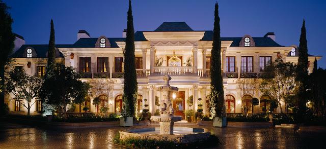 Contoh Kebutuhan Tersier - Rumah Mewah