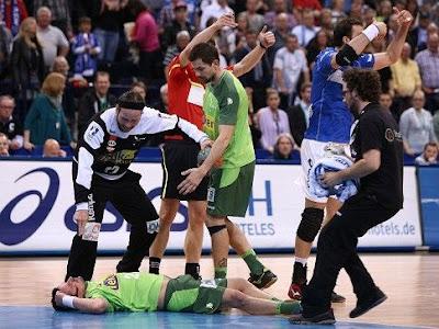 Bundesliga: Sólo dos partidos de suspensión por brutal cabezazo | Mundo Handball