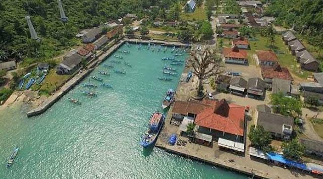 kampung-nelayan-pantai-sadeng