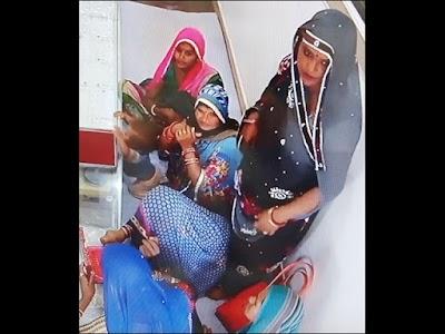 Big News : बैराड़ में सराफा व्यवसायी की दुकान से लुटेरी महिला गैंग ने पार किए 6 लाख के गहने- Baiard News