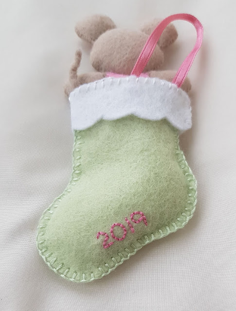 Cute felt mouse Christmas decoration